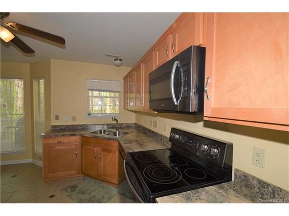 8713 Kirkley Glen Ln., Charlotte, NC 28215 Photo 9