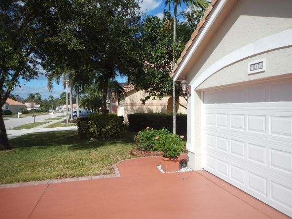 740 Lake Wellington Dr., Wellington, FL 33414 Photo 31