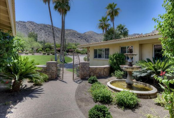 7809 N. Sherri Ln., Paradise Valley, AZ 85253 Photo 4