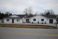 Home for sale: 9510 Bowling Green Rd., Morgantown, KY 42261