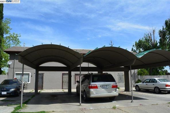 2823 Pixie Dr., Stockton, CA 95203 Photo 2