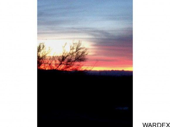 727 Kit Carson, Yucca, AZ 86438 Photo 3
