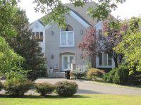 Home for sale: 1 Applegate Terrace, Manalapan, NJ 07726