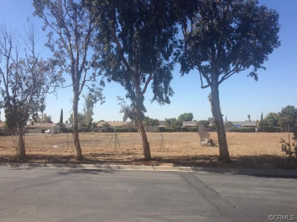 15 Graham Avenue, Moreno Valley, CA 92553 Photo 2