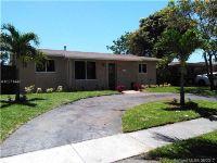 Home for sale: 111 Southwest 63rd Terrace, Pembroke Pines, FL 33023
