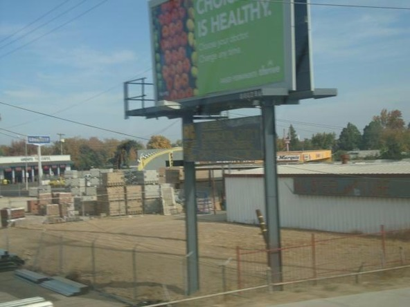 2425 North Weber Avenue, Fresno, CA 93705 Photo 9