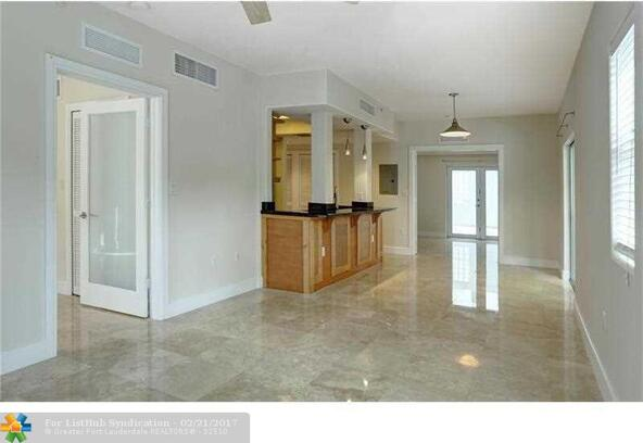 1040 10th St. 402, Miami Beach, FL 33139 Photo 2