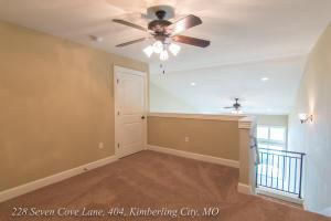 228 Seven Cove Ln. #404, Kimberling City, MO 65686 Photo 3