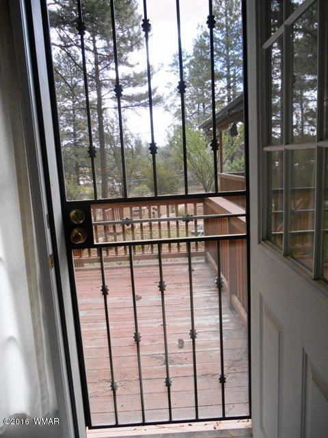 3337 Pine Cone Dr., Overgaard, AZ 85933 Photo 35