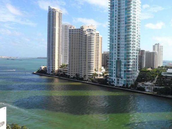 300 S. Biscayne Blvd., Miami, FL 33131 Photo 1