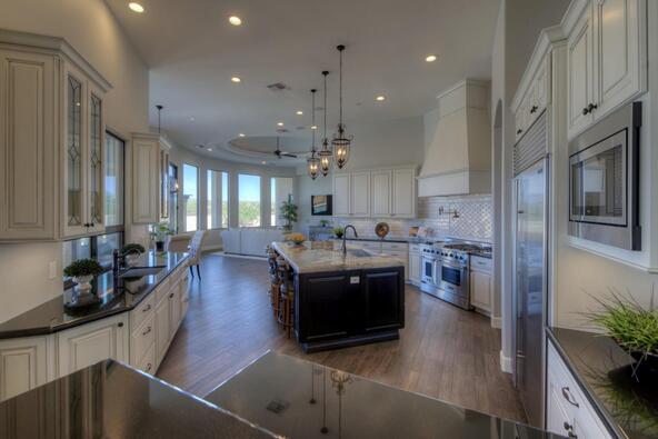 7658 E. Nonchalant Avenue, Carefree, AZ 85377 Photo 13