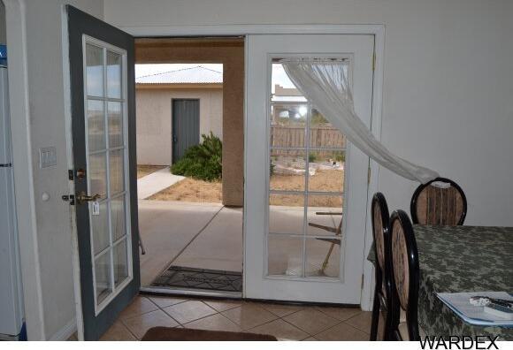8878 W. Palo Verde Dr., Dolan Springs, AZ 86441 Photo 10