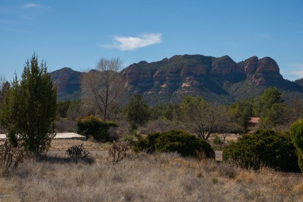 80 Eagle, Sedona, AZ 86336 Photo 3