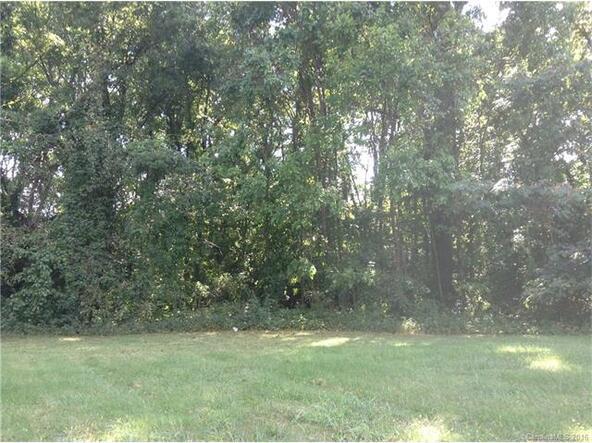 218 W. Sugar Creek Rd., Charlotte, NC 28213 Photo 3