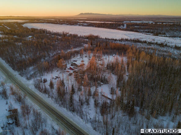 1220 N. Beaver Lake Rd., Big Lake, AK 99652 Photo 9