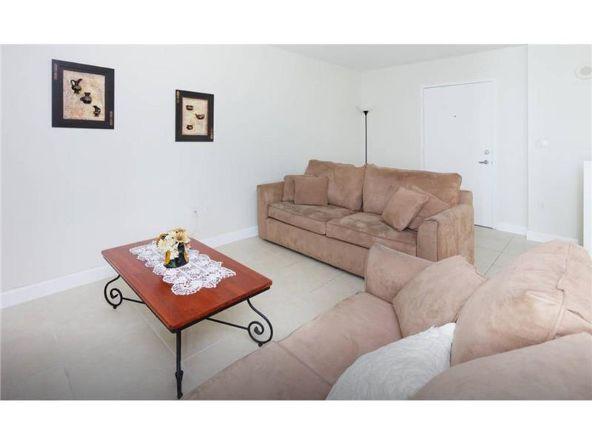 7600 Collins Ave., Miami Beach, FL 33141 Photo 3