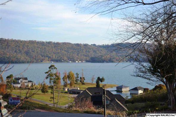1083 Heritage Dr., Guntersville, AL 35976 Photo 4