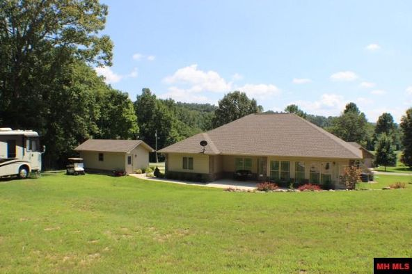186 Golf Course Terrace, Bull Shoals, AR 72619 Photo 26