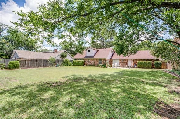 1213 Woodleigh Dr., Irving, TX 75061 Photo 8