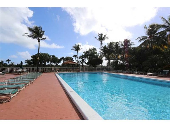 2401 Collins Ave. # 1610, Miami Beach, FL 33140 Photo 25