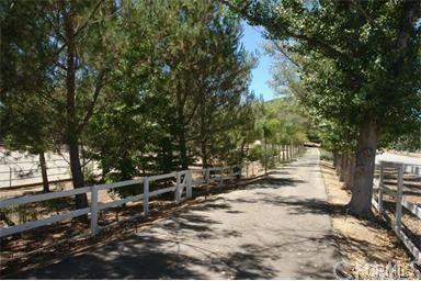 38851 Avenida la Cresta, Murrieta, CA 92562 Photo 32