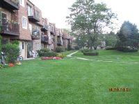 Home for sale: 9475 Bay Colony Dr., Des Plaines, IL 60016
