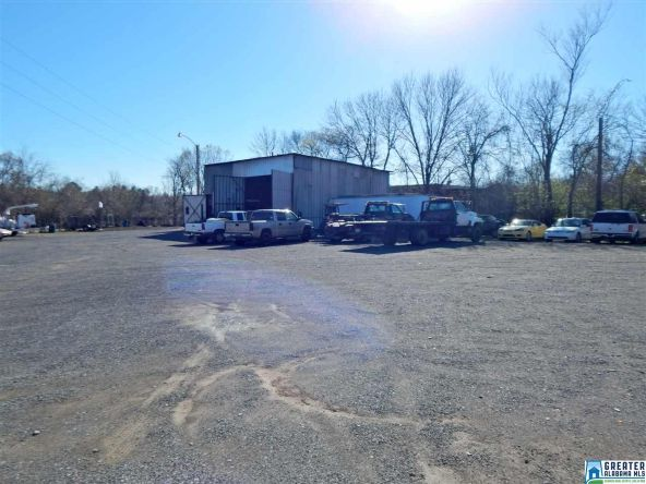 725 Pine Hill Rd., Tarrant, AL 35217 Photo 2