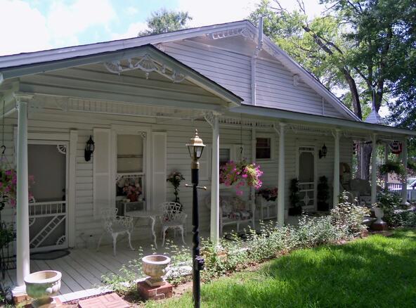 216 E. Main, Henderson, TX 75652 Photo 8