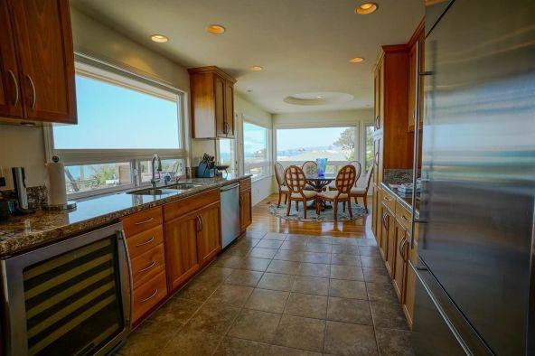886 Amiford Dr., San Diego, CA 92107 Photo 8