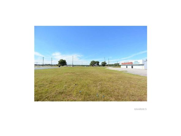938 Hwy. 231, Wetumpka, AL 36093 Photo 12