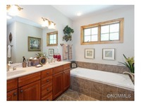 Home for sale: 43 Creekside Way, Burnsville, NC 28714