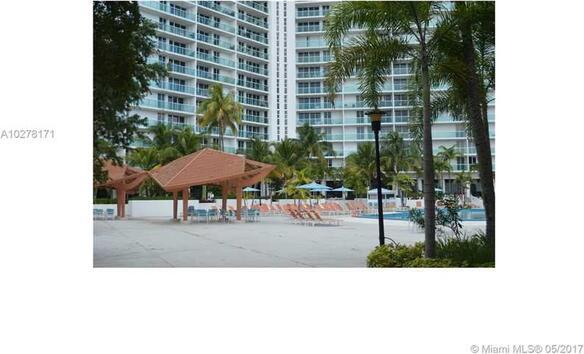 100 Bayview Dr., Sunny Isles Beach, FL 33160 Photo 19
