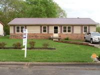 Home for sale: 416 Kauai King, Hopkinsville, KY 42240