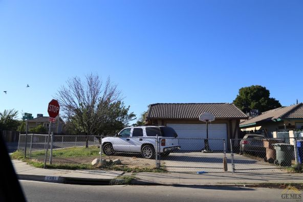 1401 Oneill Avenue, Bakersfield, CA 93307 Photo 2