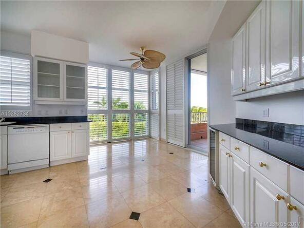 747 Crandon Blvd. # 409, Key Biscayne, FL 33149 Photo 4