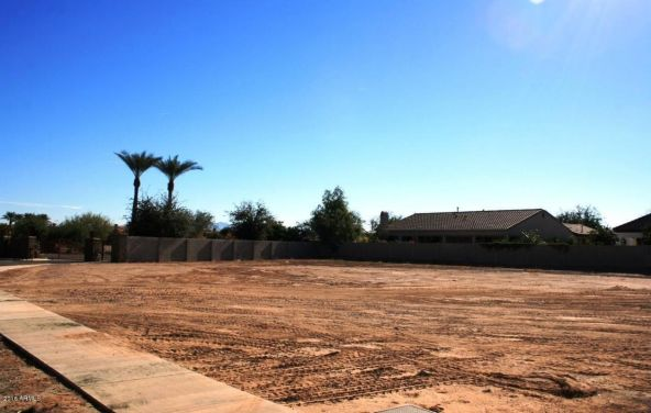 250 N. Cloverfield Terrace, Litchfield Park, AZ 85340 Photo 2