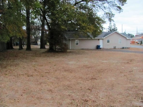 201 W. Mckinney Avenue, Albertville, AL 35950 Photo 1