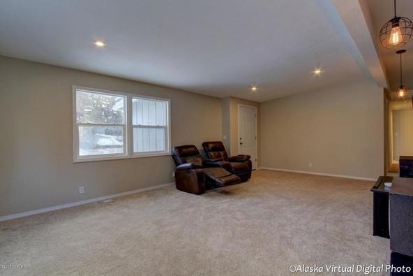 2400 W. 34th Avenue, Anchorage, AK 99517 Photo 11