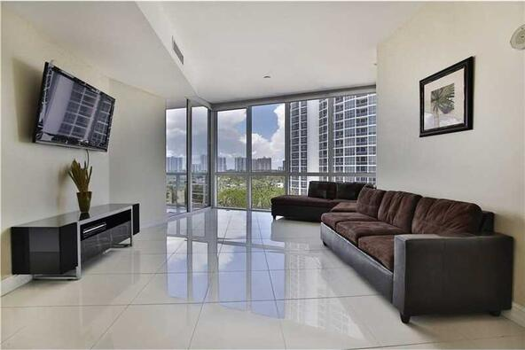 18101 Collins Ave. # 808, Sunny Isles Beach, FL 33160 Photo 2