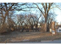 Home for sale: 114 Northwood Dr., Hiawatha, IA 52233