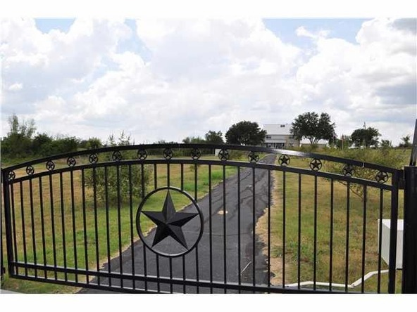 1500 County Rd. 138, Hutto, TX 78634 Photo 4