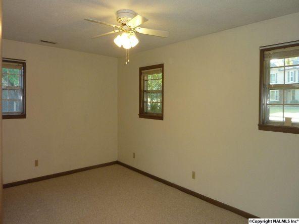 908 Wildwood Rd. S.W., Decatur, AL 35601 Photo 15