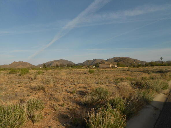 26370 S. Roxie Ln., Congress, AZ 85332 Photo 2
