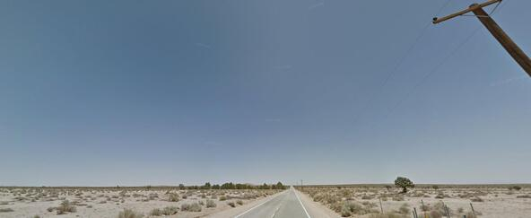 21500 Avenue I12, Lancaster, CA 93535 Photo 9