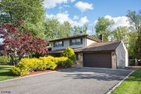 Home for sale: 7 Addison Dr., Fairfield, NJ 07004