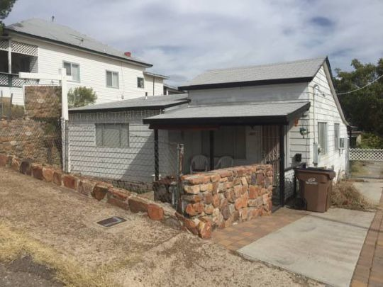 457 S. Parker St., Globe, AZ 85501 Photo 1
