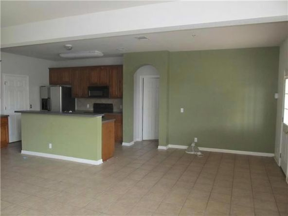 124 Hyltin, Hutto, TX 78634 Photo 6