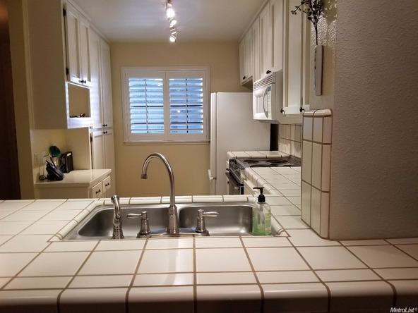 291 Leveland Ln. B, Modesto, CA 95350 Photo 5