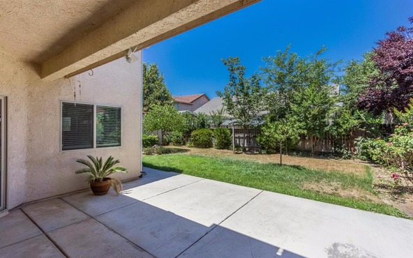 6590 E. Princeton Avenue, Fresno, CA 93727 Photo 6
