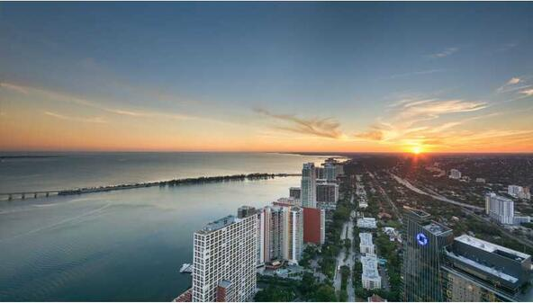 1425 Brickell Ave., Miami, FL 33131 Photo 10